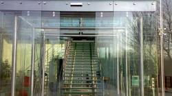 Fotoselli cam otomatik kapılar
