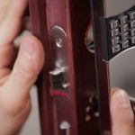 şifreli kapı kilidi nasıl açılır