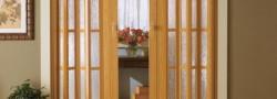 Ahşap akordiyon kapı