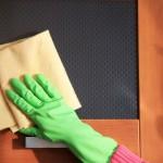 Ahşap kapı temizleme