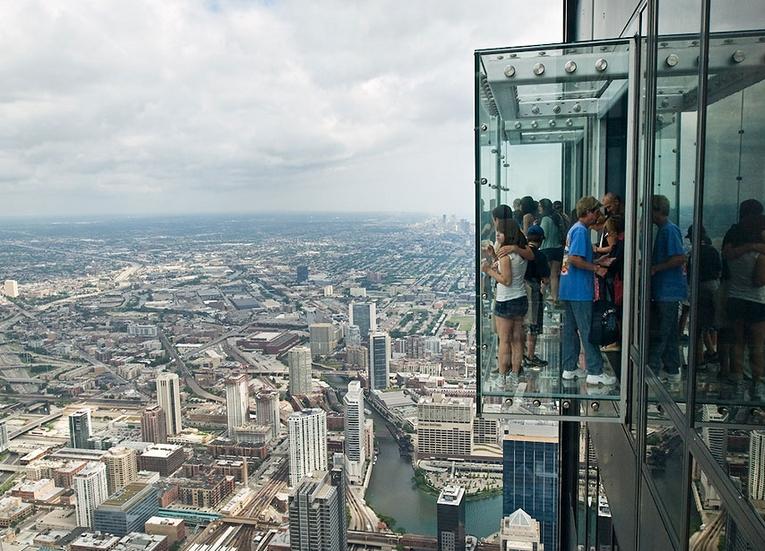 103 katta cam balkon