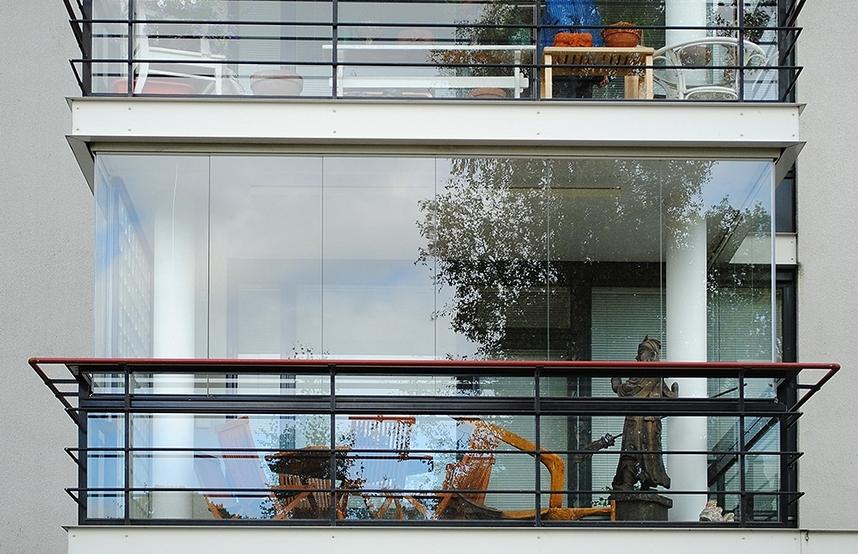 Klasik cam balkon