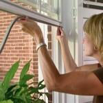 Pencere izolasyon bandı takılması