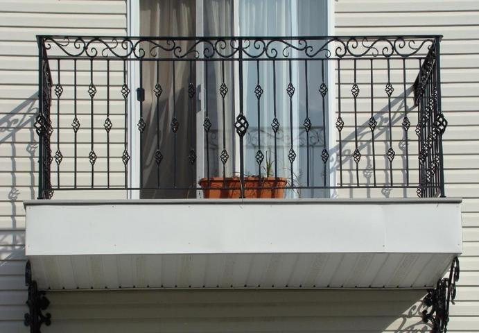 Klasik ferforje balkonu
