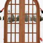 Cam bölmeli ahşap kemer kapı