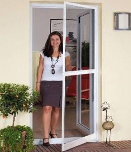 Pimapen kapı-sineklik